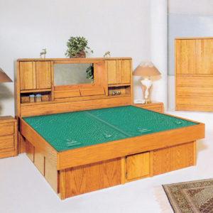 InnoMax Oak Land Magnolia Headboard Waterbed In Bedroom Setting