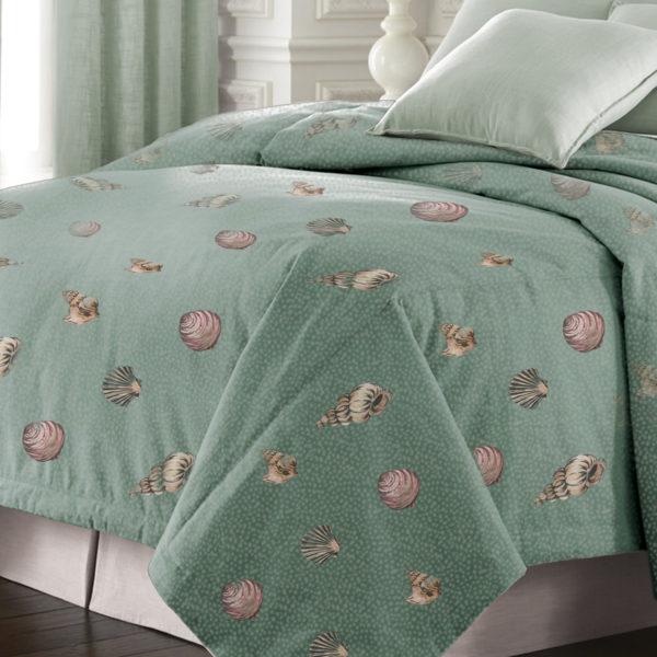 Seashell 200 Thread Count Double Stuffed Comforter